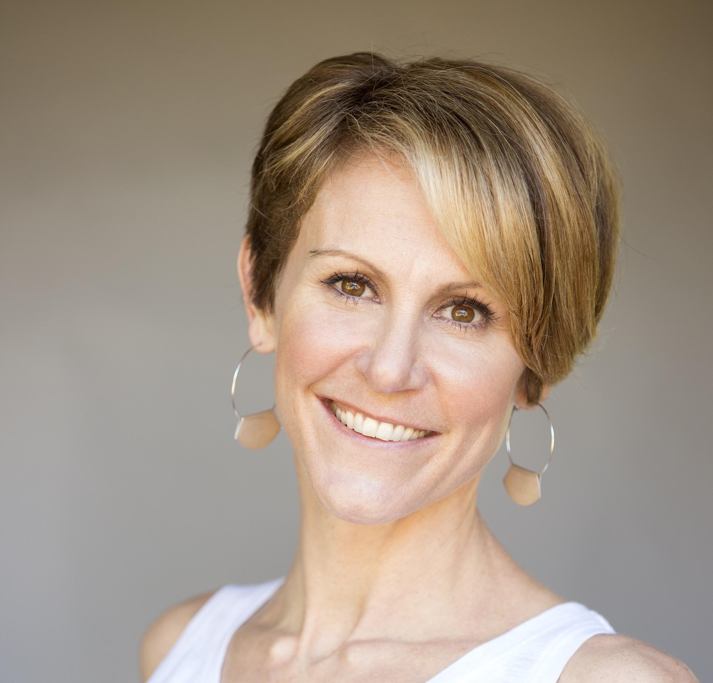 CVNL Management Essentials Series Instructor Shannon Hughes